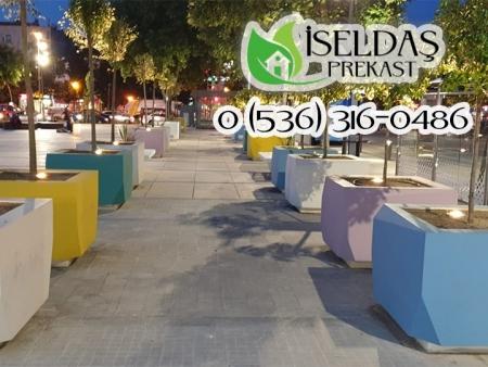 Sakarya Belediyesi Park ve Bahçe İşleri Prekast Oyma Grubu Saksı İmalatı